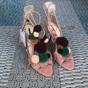 BNWT leather Pom Pom details stiletto sandals